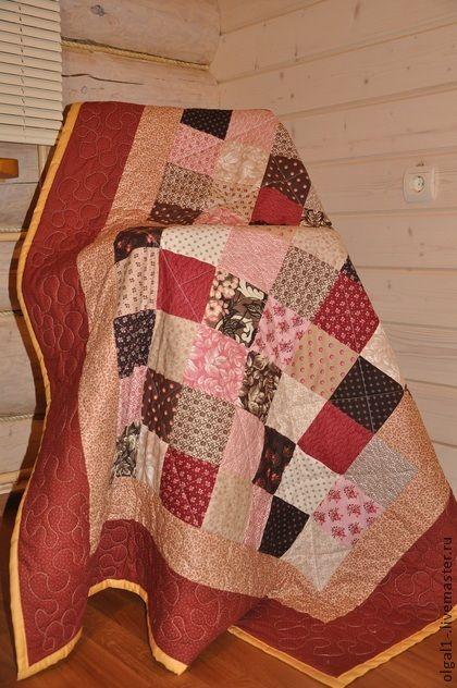 лоскутное одеяло. Одеяло выполнено в лоскутной технике из качественных специальных тканей для пэчворка пр-ва США . Машинная стежка.   На обратную сторону использована качественная бязь премиум класса пр-ва Россия, Трехгорная мануфактура.