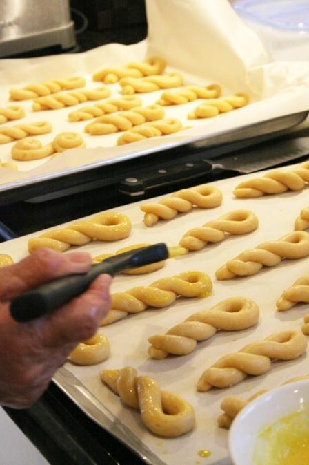 Koulouria {Greek Easter Cookies}