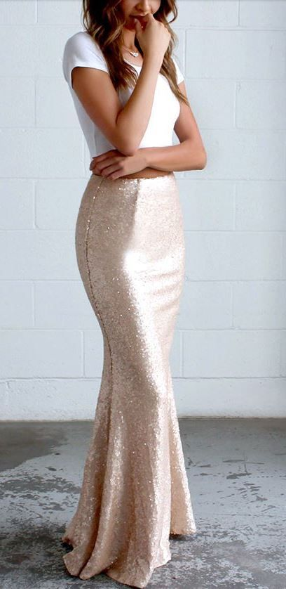 I LOVE this skirt Great for New Years Eve or my 21st birthday