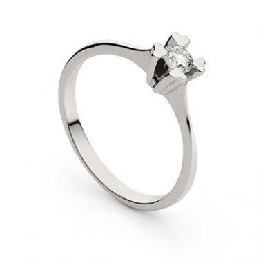 Помолвочное кольцо с одним бриллиантом