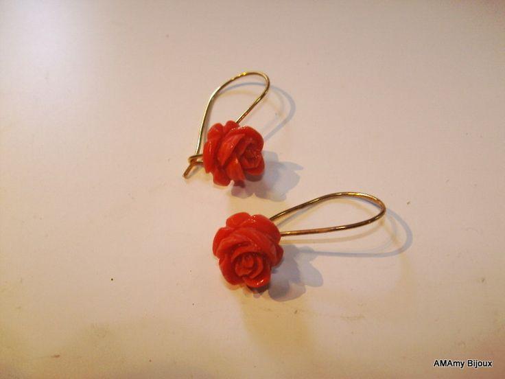 Orcchini In Argento dorato e Rose di corallo di AMAmy Bijoux  su DaWanda.com