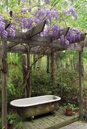 die besten 25 badewanne garten ideen auf pinterest outdoor badewanne selbstgebaute badewanne. Black Bedroom Furniture Sets. Home Design Ideas