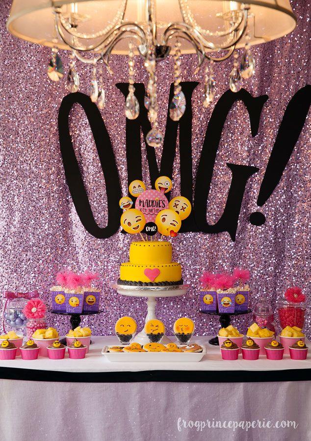 q cool esta fiesta de emoji si les gusto comenten #OMG