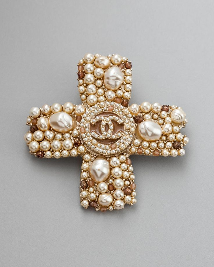 Chanel, Pearl Cross Brooch. v