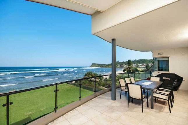 Lennox on the Beach, Unit 2, a Lennox Head House | Stayz