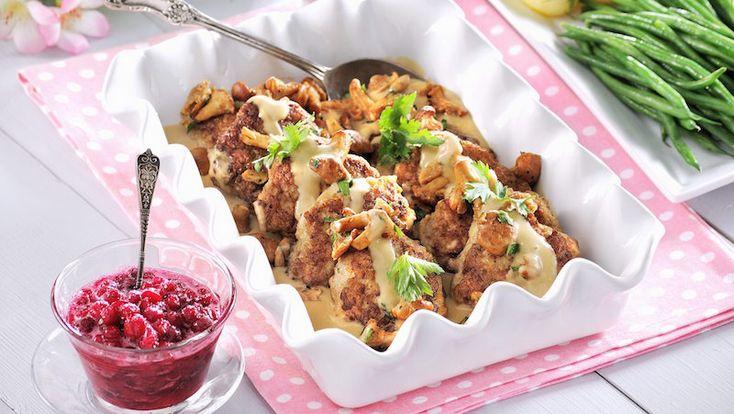 Kycklingbiffar med kantarellsås
