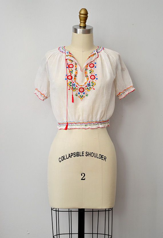 vintage 1930s peasant bohemian embroidered top