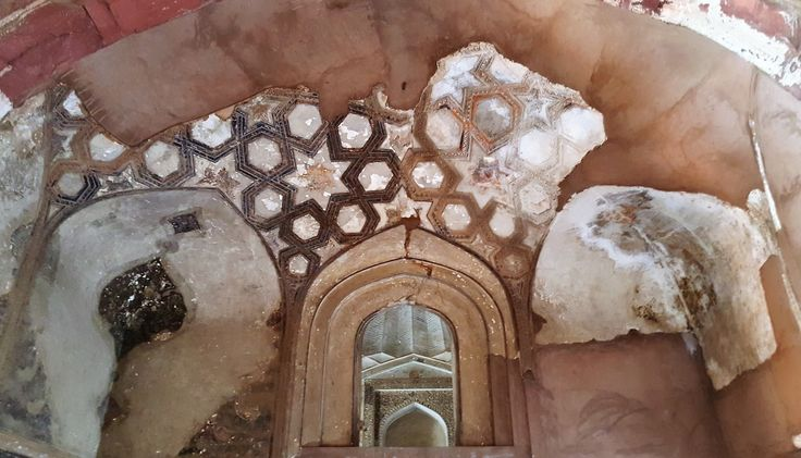 The magnificent ceilings at Agra Fort in India. katiesargentdesign.com