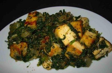 Cucina indiana: saag di spinaci e tofu   Ricette di ButtaLaPasta
