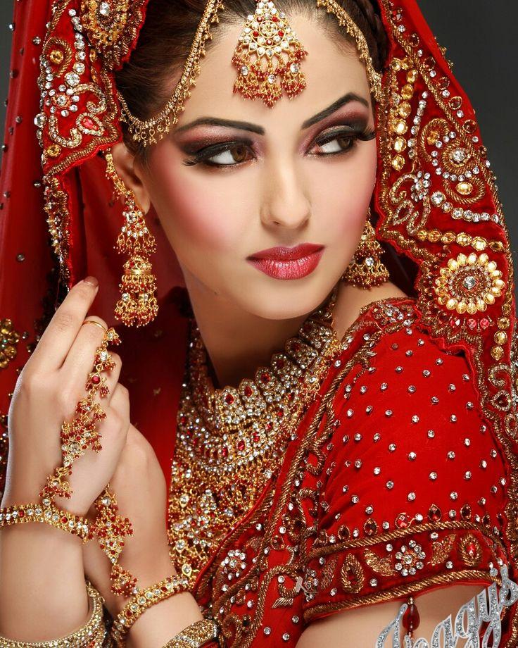 Indian Wedding Makeup: #asian #brides #wedding #poses #indian #dulhan #photo