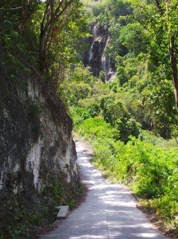 nearing-tumalog-falls-oslob-cebu-wanderlusterus-life-in-the-philippines