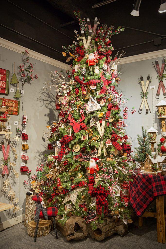 Ideas de decoracion de arbol de navidad 2018 2019 for Adornos navidenos ultimas tendencias