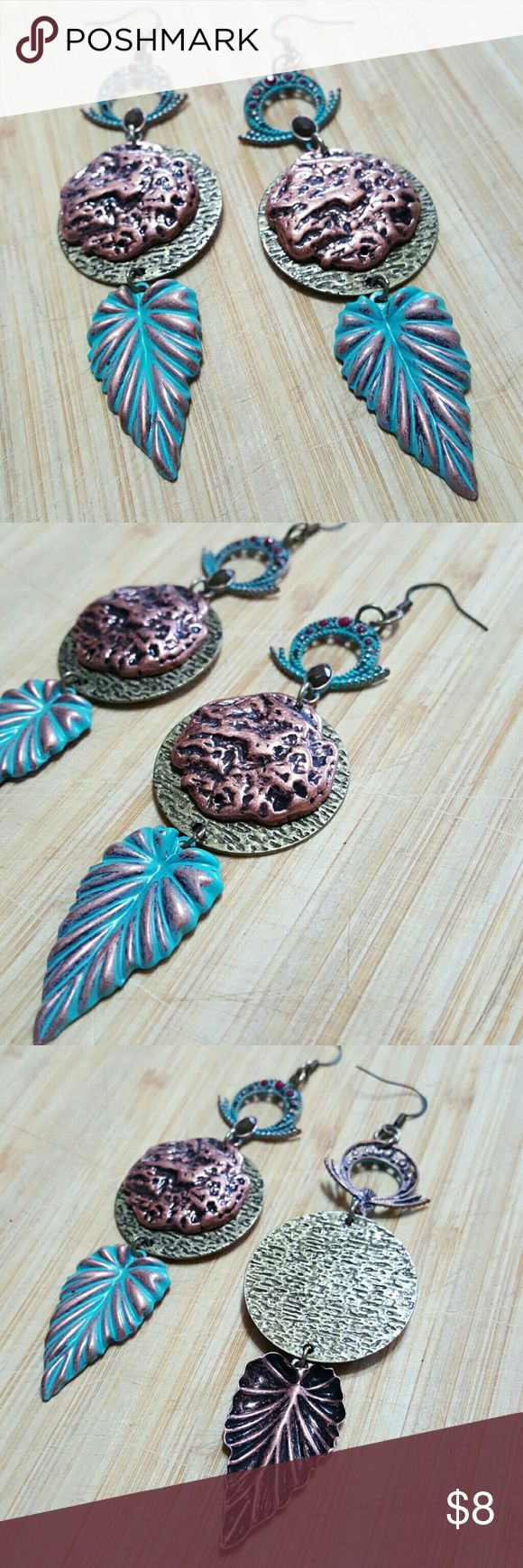 Beautiful Earrings Love!  Feel free to ask any questions before purchasing.   Thanks for shopping my closet! Jewelry Earrings