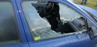 Muž nechal ve svém autě velký buben, během noci mu ho někdo ukradl
