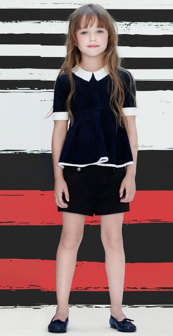 ALALOSHA: VOGUE ENFANTS: Parisian-chic in Sonia Rykiel little ladies are dowsed in spring sun with these striped dresses