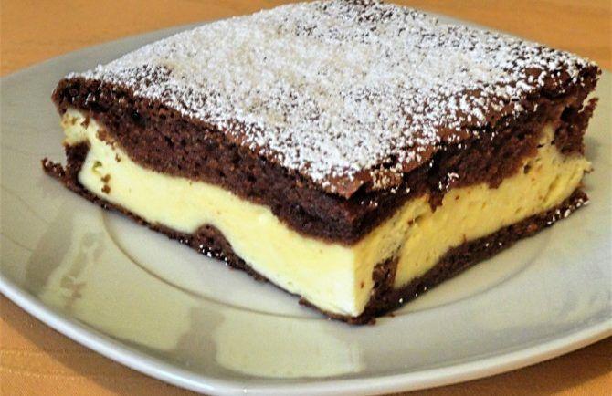 Suroviny: Tvarohový krém: 300 g kravský tvaroh ( krémový ) 150 g smotany 5 pl cukor 1 bal. vanilkový cukor 5 pl slnečnicový olej 2 ks vajíčko 25 g vanilkový pudingový prášok Kakaové cesto: 3 ks vajíčko 150 g cukor 1 bal. vanilkový cukor 60 ml slnečnicový olej 60 ml mlieko 150 g hladká múka 1,5 pl kakao bez cukru