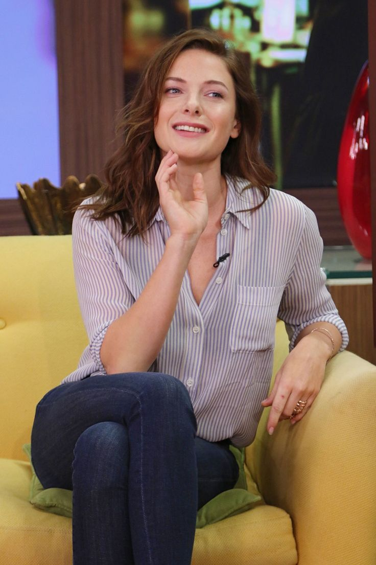 Rebecca Ferguson - On Set of Despierta America in Miami, July 2015