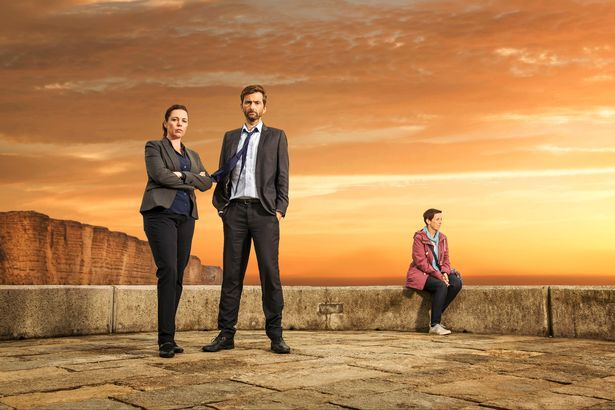 BROADCHURCH - First Series 3 Image Revealed       The first promotional image for the third and final series has been revealed by Wales Online, and features David Tennant, Olivia Colman ...
