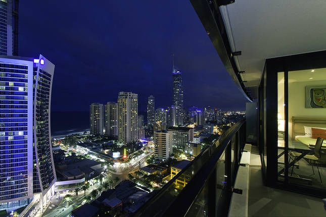 Circle on Cavill 1 BRM+Study, a Surfers Paradise Apartment | Stayz