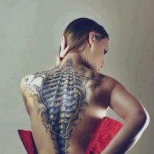 Женские тату на спине. Татуировки на спине для девушек