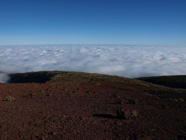 Mar de nubes en Tenerife, camino del Parque Nacional del Teide
