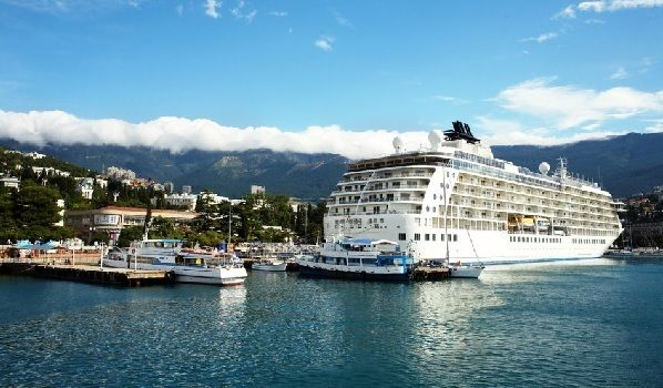 What could be better than a cruise for relaxation and luxury? Premium food, premium services and shows and entertainment worthy of Las Vegas are all just part of the deal when you book a cruise. Normally, when you're arranging a cruise, you expect to pay a significant price for the luxury of fine dining and …