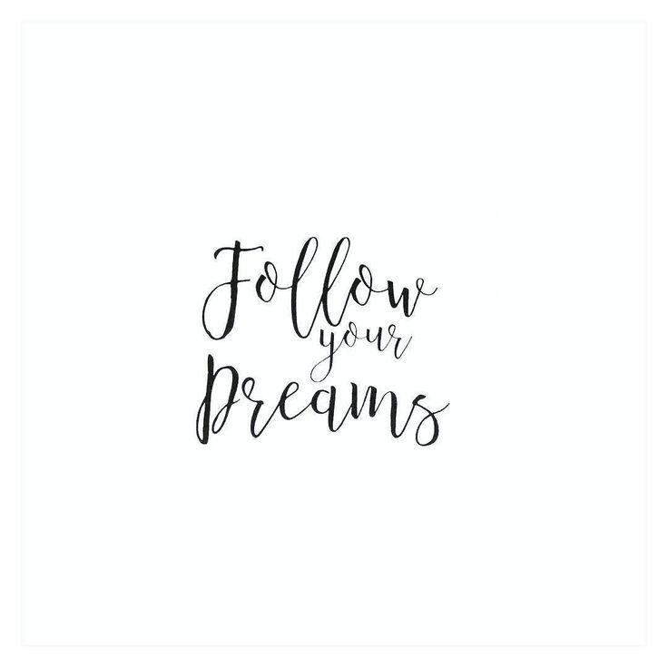 Hej Moje motto na dziś i nie jest przypadkowe :) Cudownego wieczoru  #quotes #blackandwhite #motto #dreams #marzenia #day #blogger #blondeworldd #blondeworld