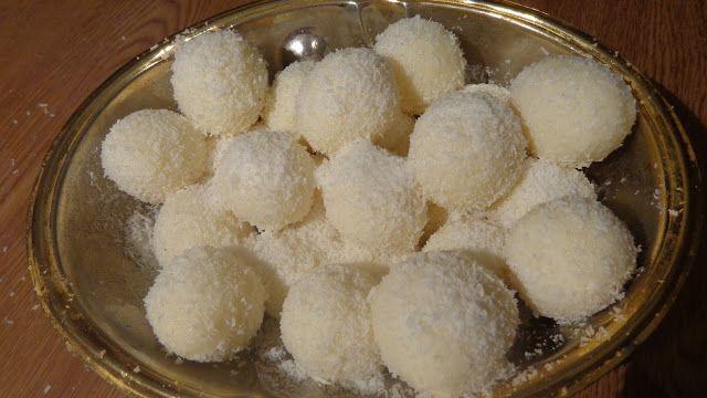 Από τα πιό γευστικά και γρήγορα τρουφάκια με κόστος ΜΟΝΟ ινδοκάρυδο 0.75 λεπτά το ένα, χρειαζόμαστε 2 φακελάκια , και ζαχαρούχο γάλα 0,...