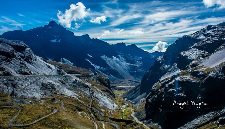 Road trip from La Paz to the Yungas region -  BOLIVIA