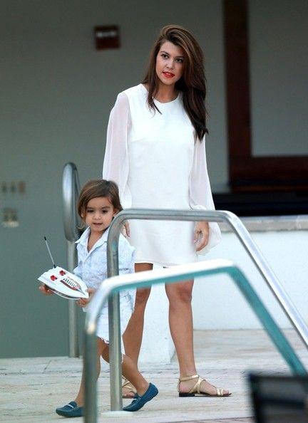 Kourtney Kardashian and Mason Disick Photo - Kourtney Kardashian and Family Film Poolside in Miami