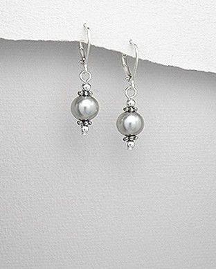 http://silverstar4u.eu/index.php?id_product=192&controller=product&id_lang=2 Cercei deosebiti realizati din argint 925 si perle gri de apa dulce. Dimensiuni: 10 mm x 35 mm (latime x inaltime). Greutate: 3 gr.
