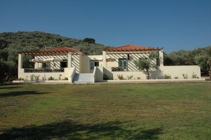 View of the building (Gera's Olive Grove ESTATE)