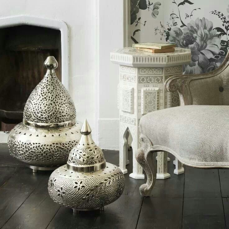 Add a bit of the East to your home with these Moroccan floor lamp....x