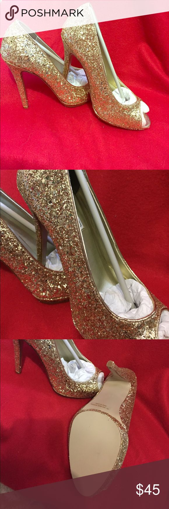 NWOT Touch Up Gold Pumps These pumps 👠 are stunning. You will feel like a princess wearing them. They are new and have no scuff marks. Touch Ups Shoes Heels