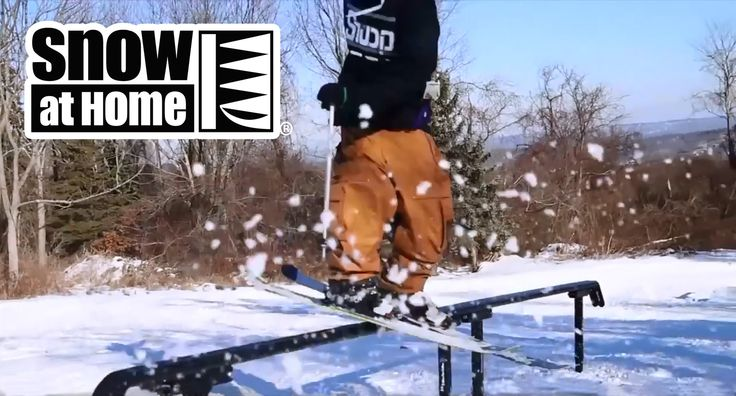 Dreaming of a White Christmas? STOP IT! -  Get busy making your OWN snow at home with FREE PLANS from Snow At Home.com  Some SNOW enthusiasts have created their own snow making machines for between $15 and $100 bucks!  https://www.snowathome.com/free_plans.php