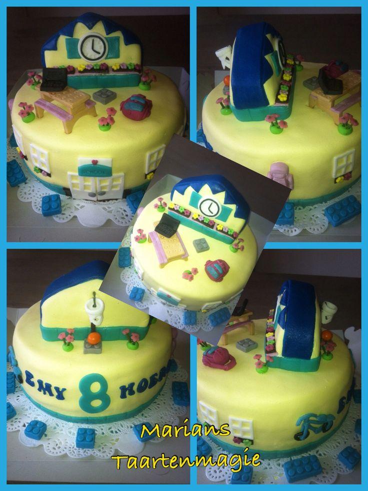 Legofriends school taart voor Emy die 8 jaar is geworden