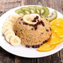 Le Bowl Cake, c'est le nouveau petit déjeuner gourmand aux flocons d'avoine, à faire cuire au micro-onde !  #bowlcake #avoine