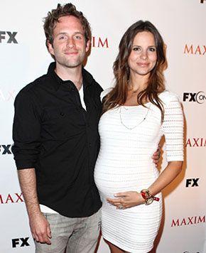 Actor Glenn Howerton, Jill Latiano Expecting a Baby!