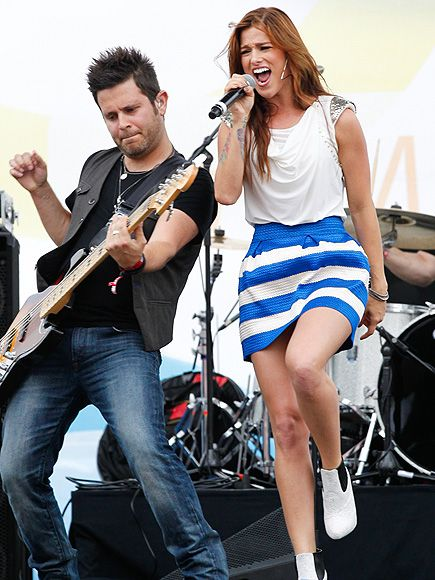 Hits & High Notes from the CMA Music Fest | CENTER STAGE | Coming off her big CMT Music Awards win, Cassadee Pope channels her energy into an electrifying performance on Thursday.