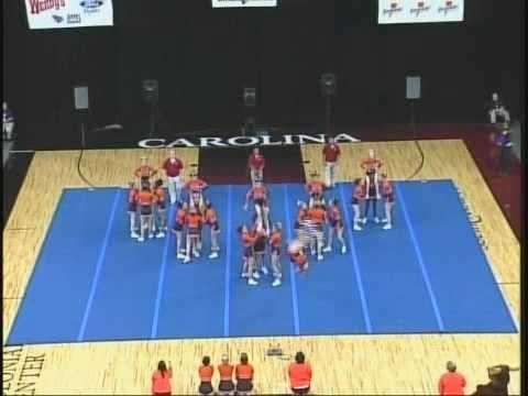 Mauldin High School Cheerleading 06-07 at STATE