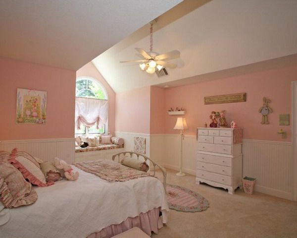 Attic bedrooms bedroom ideas and attic rooms on pinterest for Beautiful room design for girl