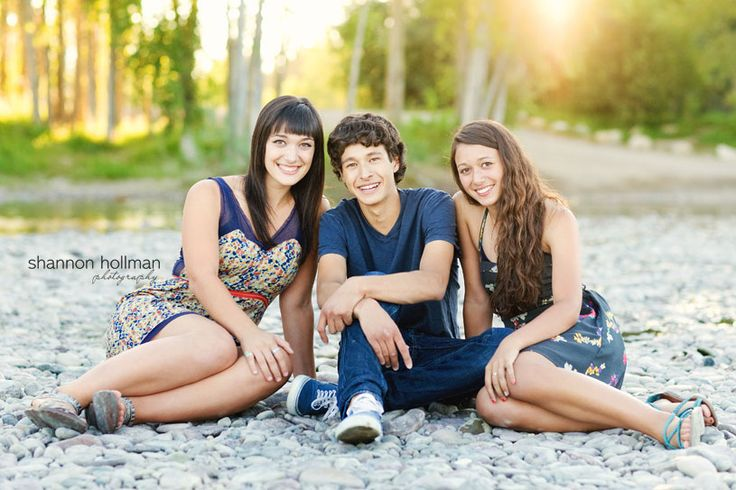 Awesome awesome older sibling shots!!