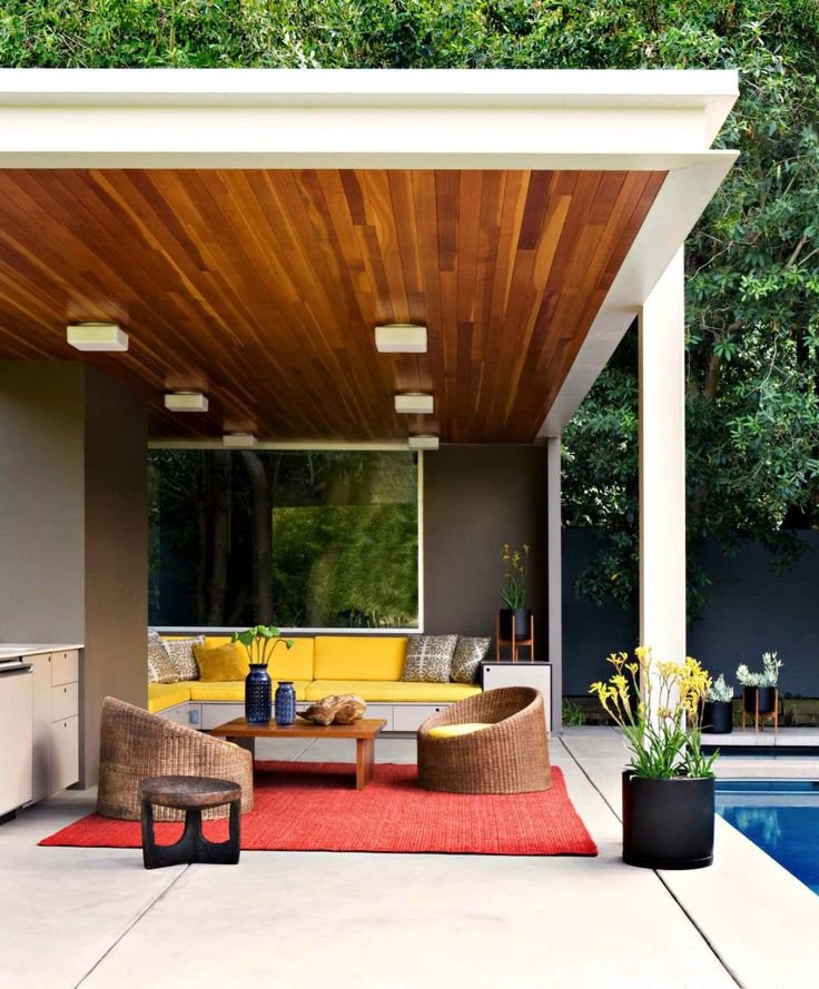 Playfully designed mid-century ranch house in Brentwood