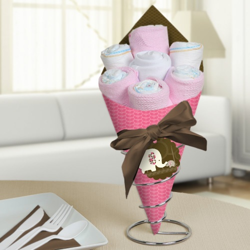 61 best pink camo baby shower images on pinterest baby for Pink diaper bouquet
