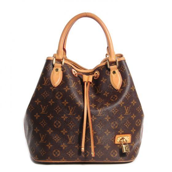 Dépôt vente  occasion luxe Nice achat cash chanel Hermès Vuitton etc...tout est certifié et authentique dans notre boutique.