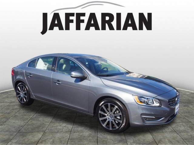 2017 Volvo S60 T5 Inscription AWD Platinum Sedan in Haverhill, Massachusetts