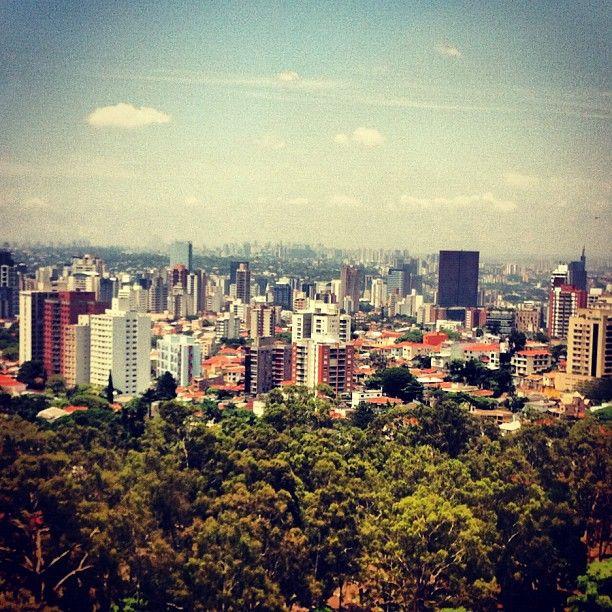 Je pars à Sao Paulo de janvier à juin pour finir mes études.