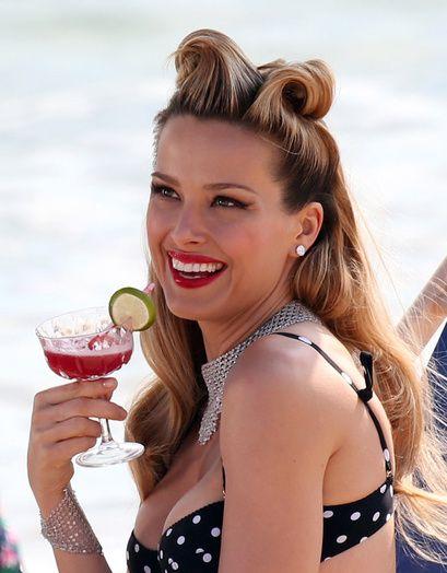 Les plus belles coiffures de stars à la plage | Glamour