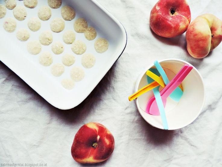 *Starlights in the Kitchen*: [KIDS FOOD] Eisgekühlte Joghurt-Drops mit Pfirsich