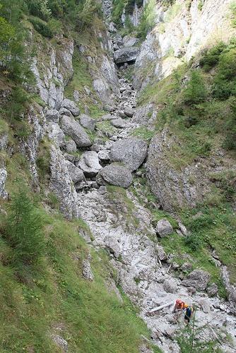 asa incepe Valea Malinului din Muntii Bucegi